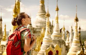 Wandern im Land der goldenen Buddhas