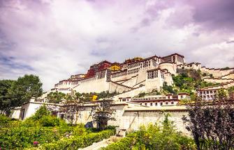 Mit der Tibet-Bahn zum Dach der Welt