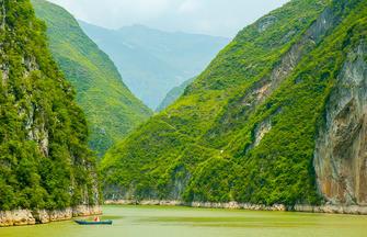 Poetische Landschaften mit Yangtze-Kreuzfahrt