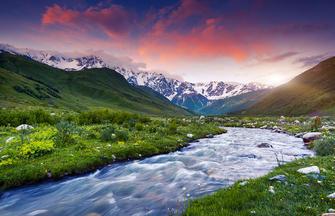 Vom Ararat zum Kasbek