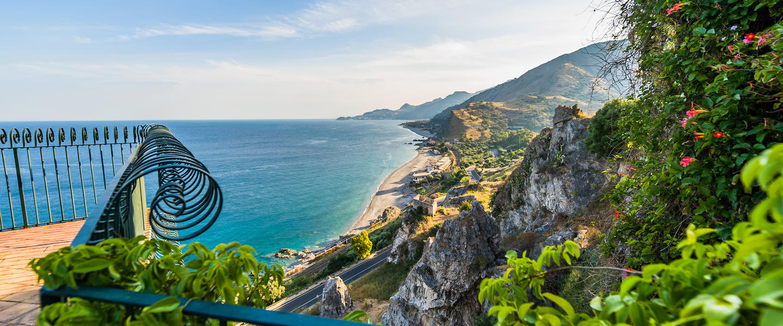 Höhepunkte am Golf von Neapel und auf Sizilien