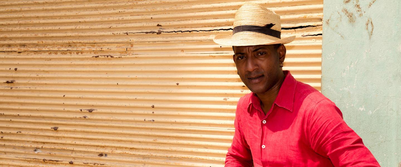 Kuba ─ Sonne, Salsa, weiße Strände