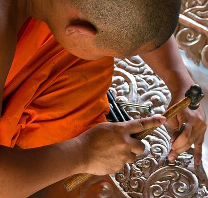 Thailand ─ Tempel, Märkte und Meer