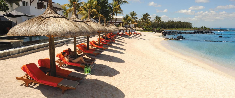 Mauritius ─ Badeverlängerung am Indischen Ozean im Hotel Recif Attitude